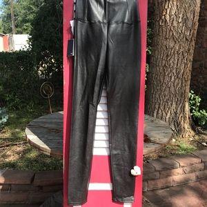 Wilfred Free Black Daria Ankle Pants NWT